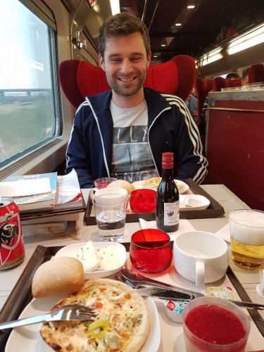 Menü in der 1. Klasse des Thalys nach Paris