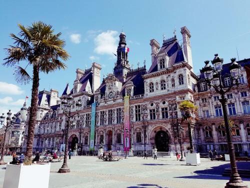 Außenansicht vom Hotel de Ville Paris