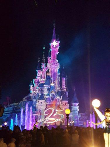 Das Disney Schloss zum 25-jährigen Jubiläum