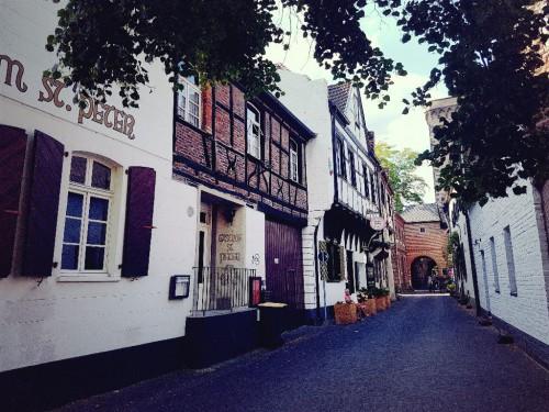 Ausflugsziel von Düsseldorf Zons am Rhein