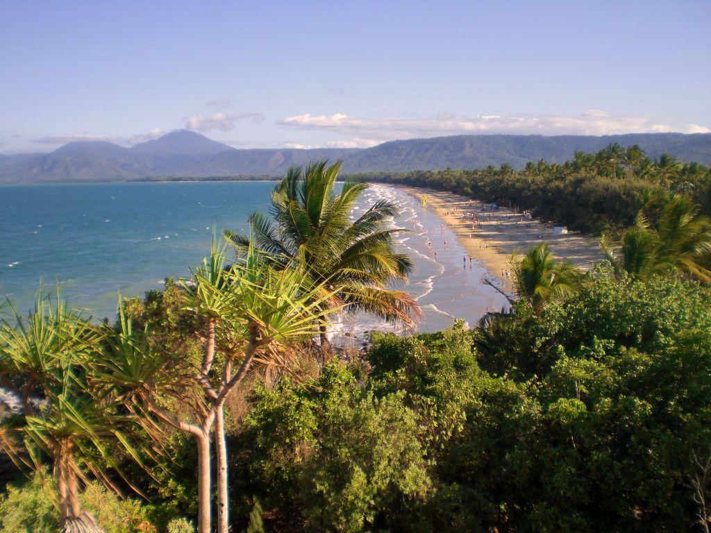 Strand von Port Douglas - Sehenswürdigkeiten Australien Ostküste – Reiseroute Australien Ostküste im Überblick
