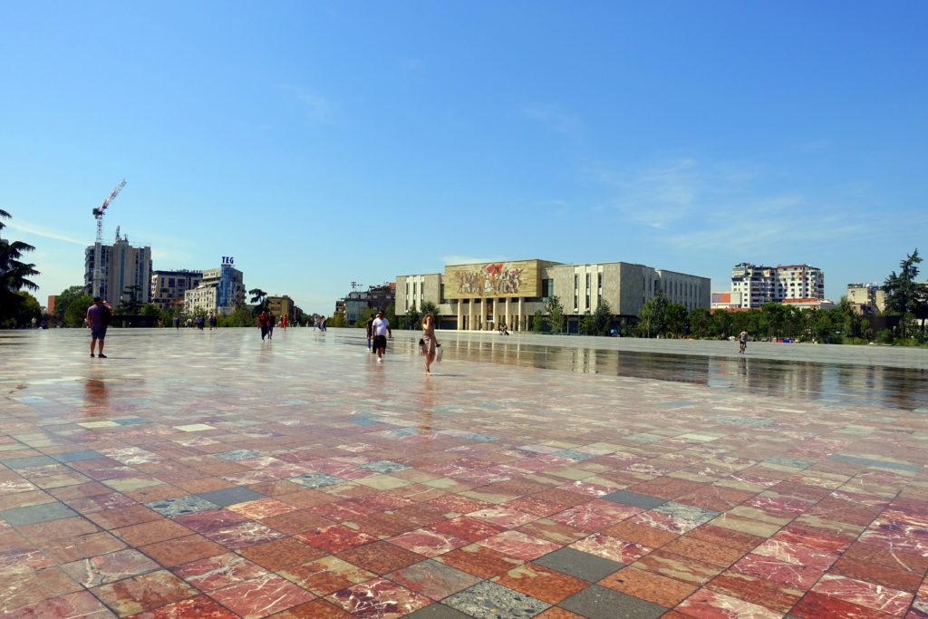 Backpacking in Albanien – Sehenswürdigkeiten in Tirana