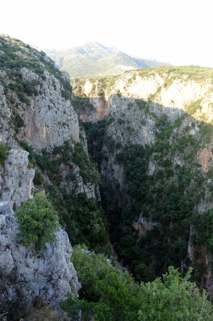Sehenswürdigkeiten in Albanien: Gjipe Canyon von oben