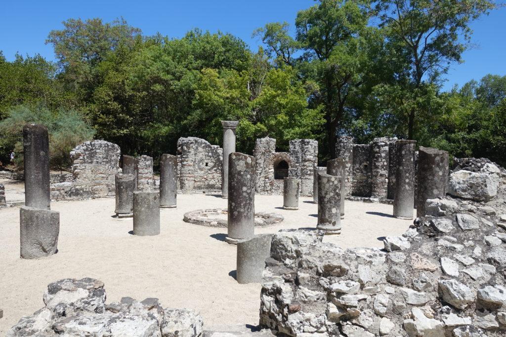Sehenswürdigkeiten in Albanien: Ruinen von Butrint in der Nähe von Ksamil