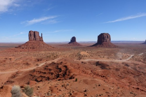 Rundreise USA Westen - Monument Valley -Highlight auf deiner Route für 3 Wochen Roadtrip in den USA