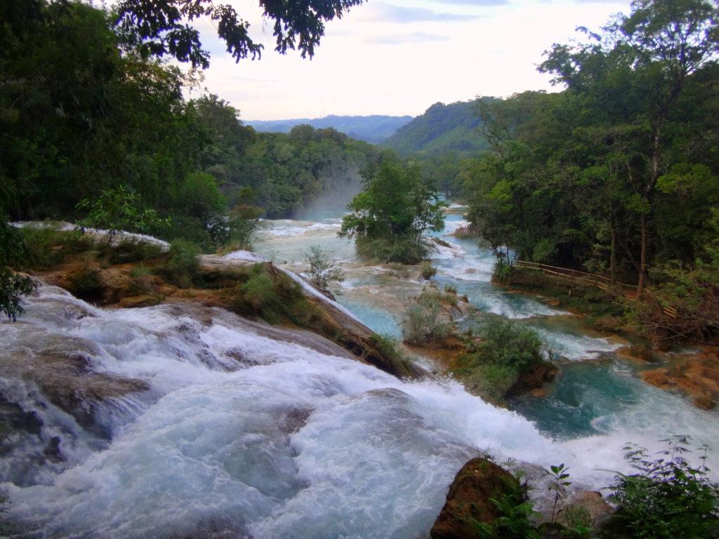 Mexiko-Sehenswürdigkeit in Chiapas: Die wunderschönen Agua Azul Wasserfälle in Chiapas