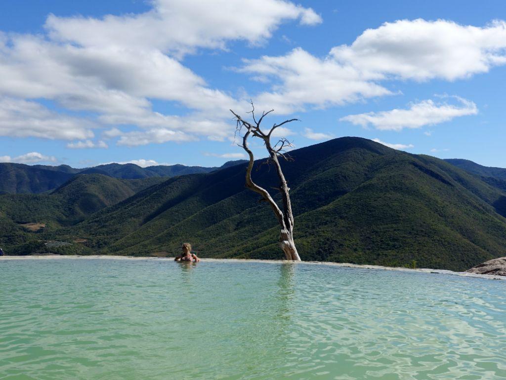 Sehenswürdigkeit in Oaxaca auf deiner Mexiko-Rundreise: Hierve El Agua