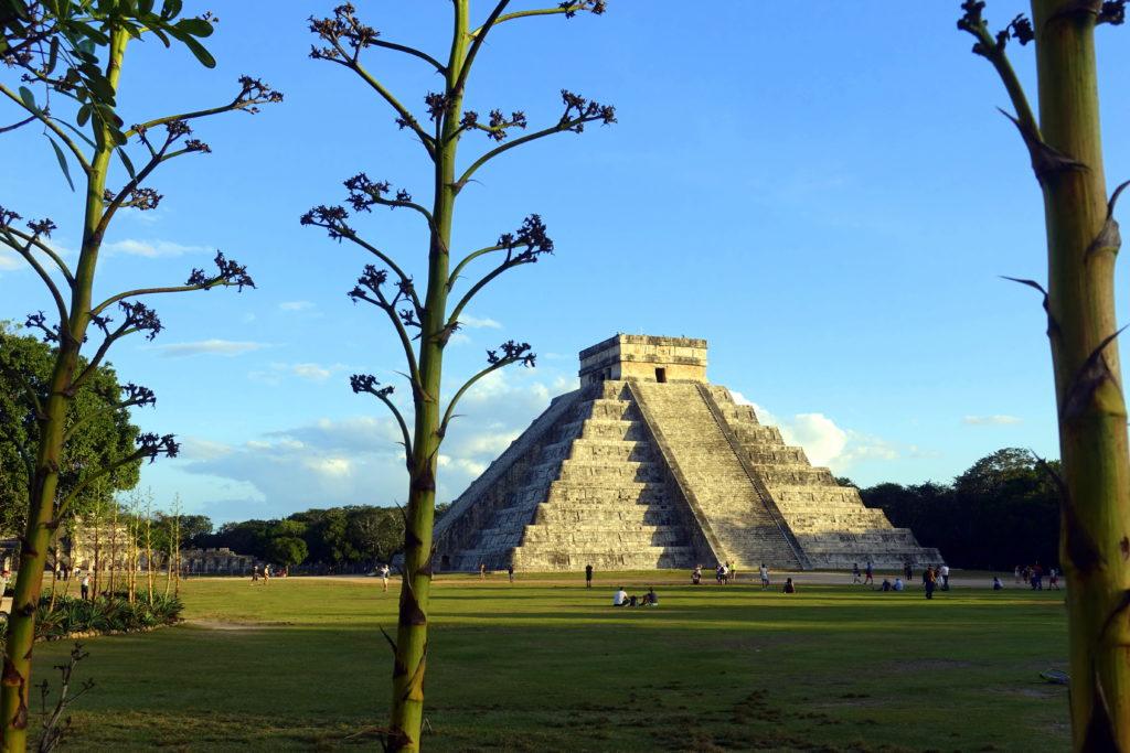 Chichén Itzá - Reisebericht über unsere Rundreise auf der Halbinsel Yucatán inklusive Campeche und Quintana Roo. Speziell für Backpacker in Mexiko und Rundreisen im Yucatán