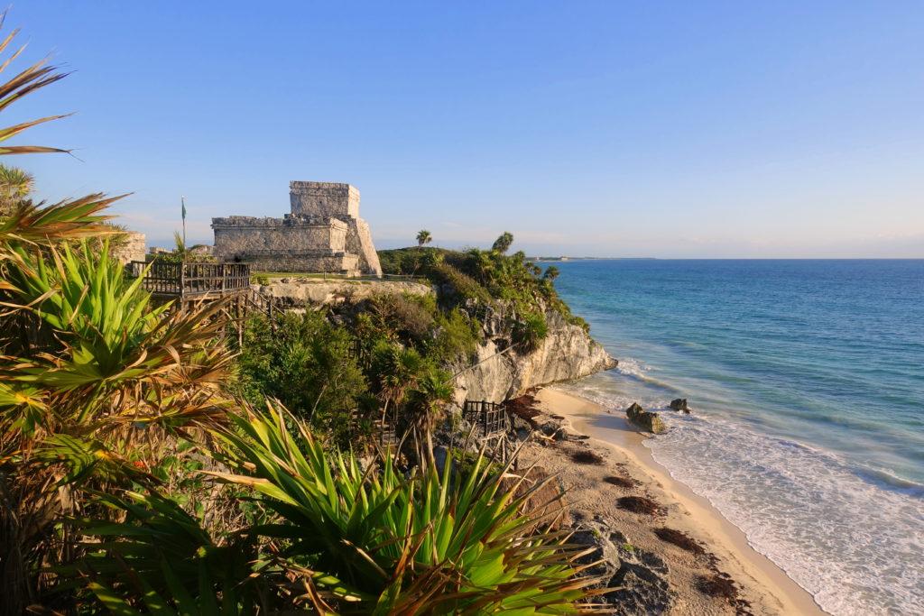 Maya-Ruinen in Tulum auf deiner Yucatan-Rundreise