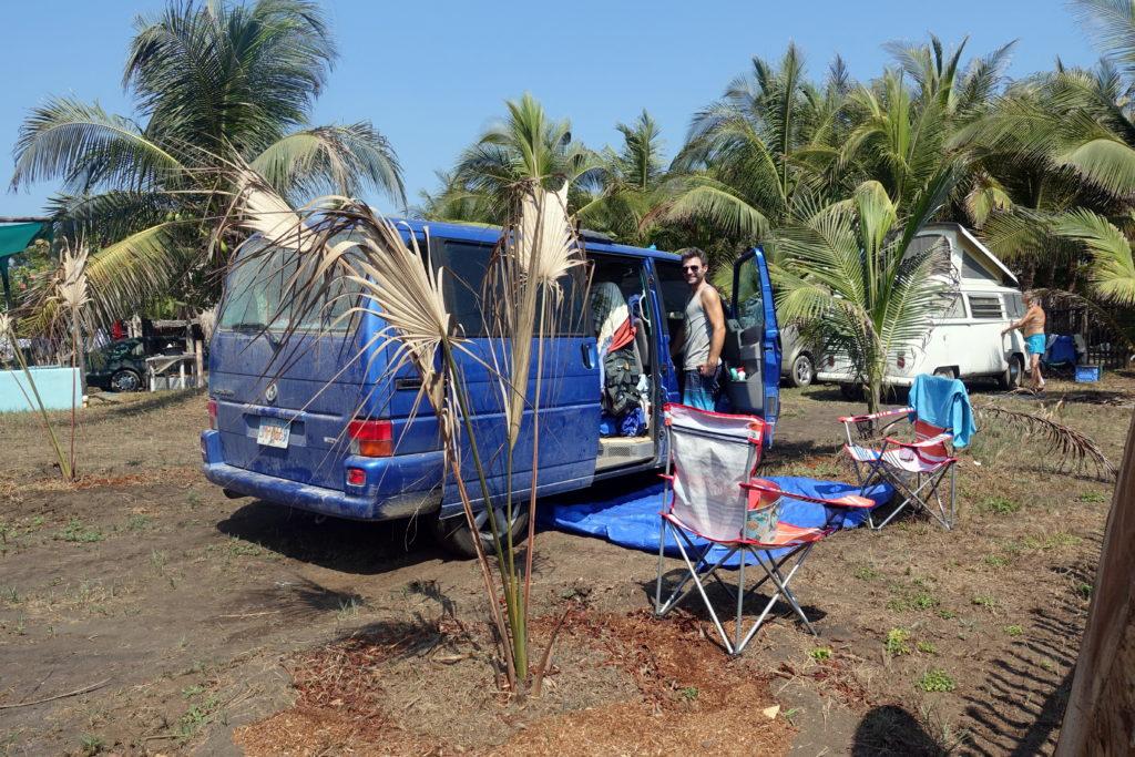 Vanlife in Zentralamerika - Am Strand von Guatemala