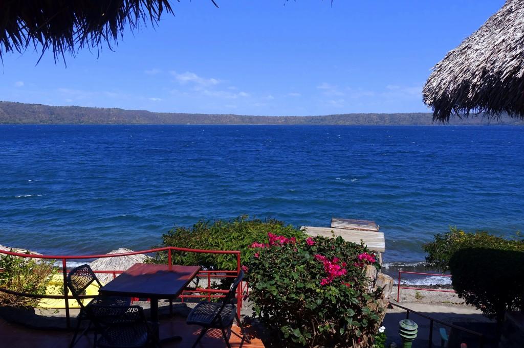 Blick auf die wunderschöne Laguna de Apoyo unweit von Granada - Nicaragua Reisebericht