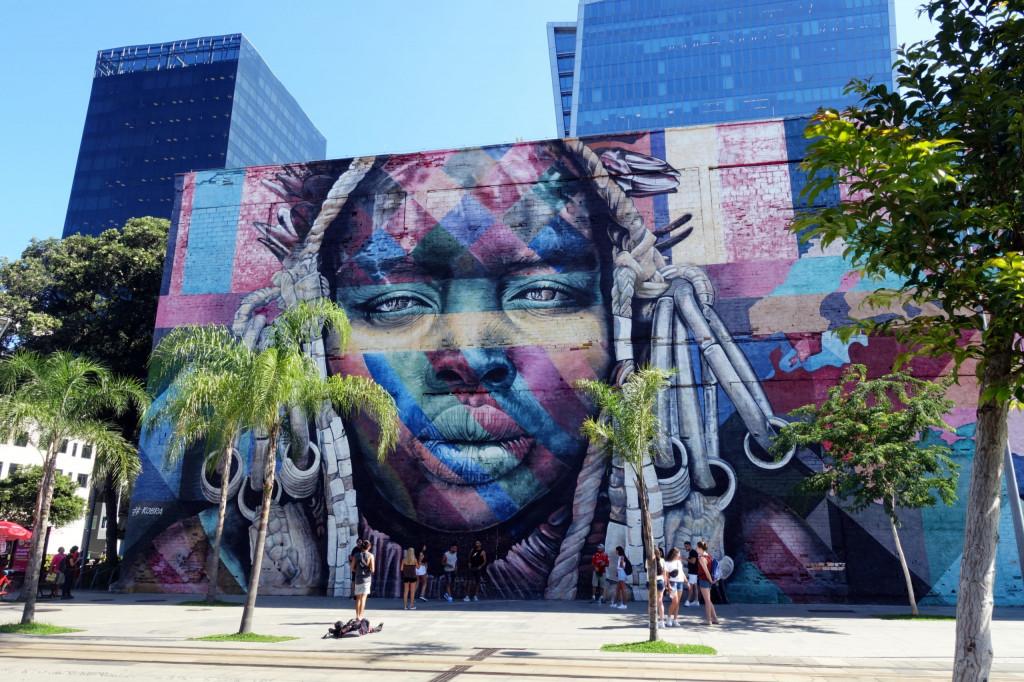 Sehenswürdigkeiten in Rio: das Mural Etnias von Streetart-Künstler Eduardo Kobra
