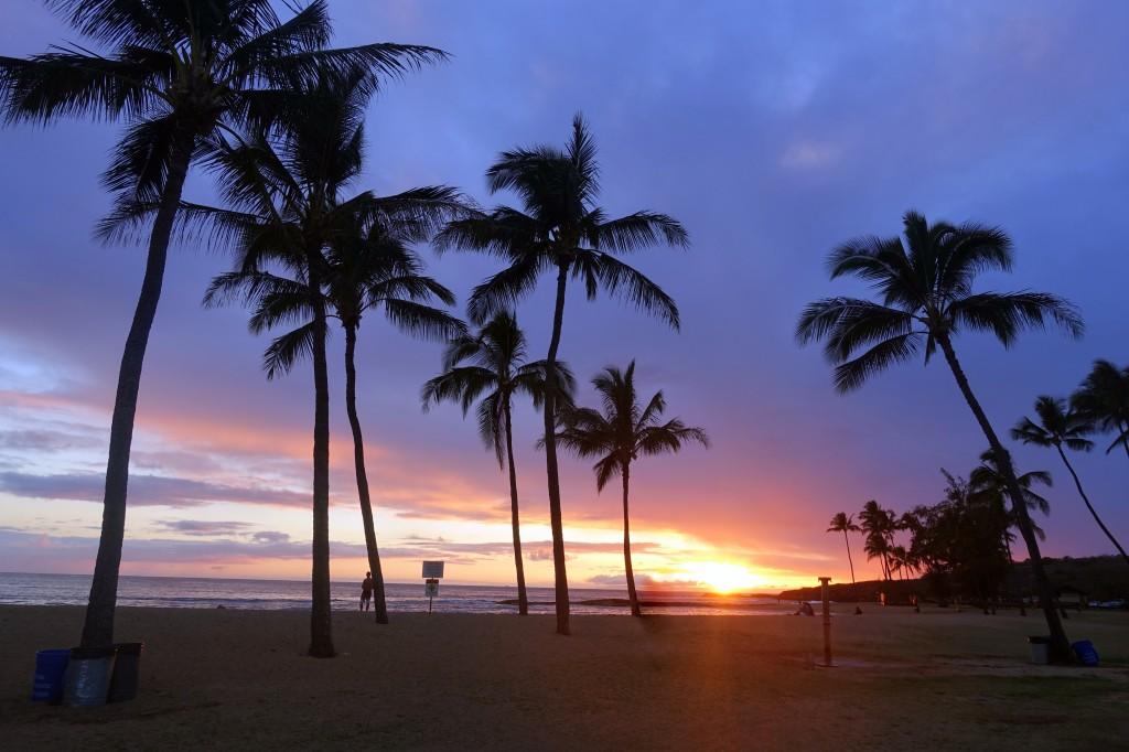 Sehenswürdigkeiten auf Kauai, Hawaii - Salt Pond Beach Park bei Sonnenuntergang