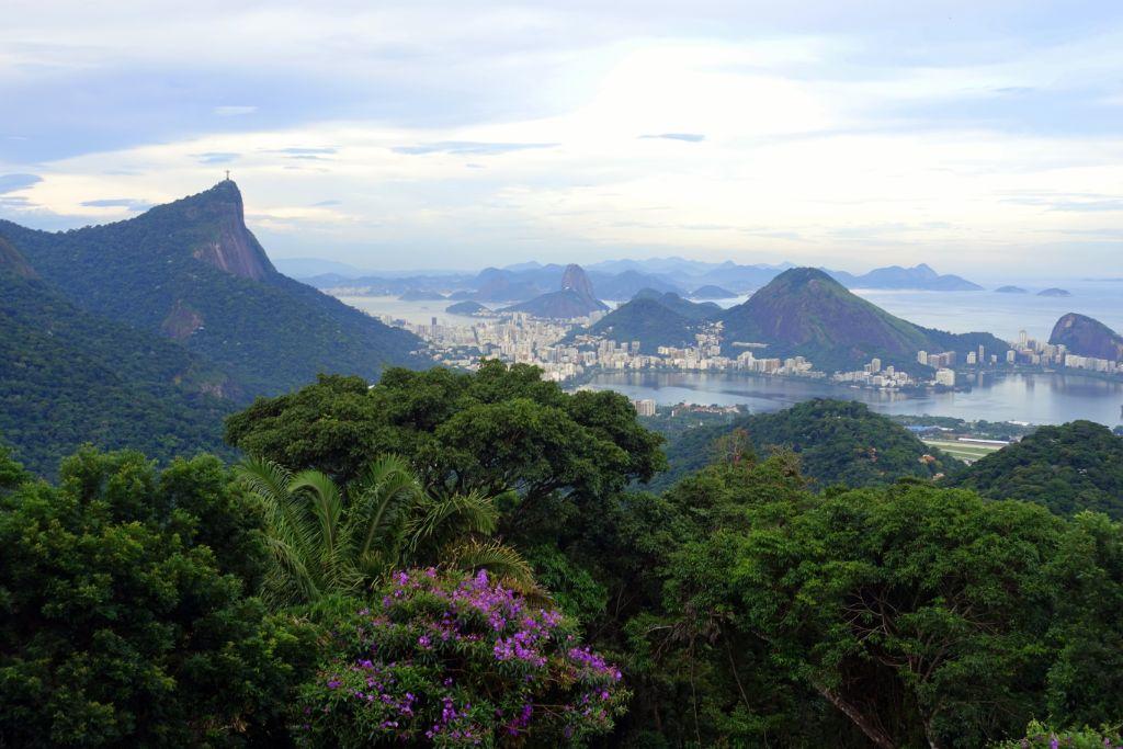 Sehenswürdigkeiten in Rio: Der Ausblick vom Vista Chinesa auf die Stadt