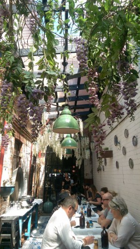 Liebevoll eingerichtet und leckeres Essen im Smithstreet Alimenari hatten wir einen richtig leckeren und entspannten Brunch