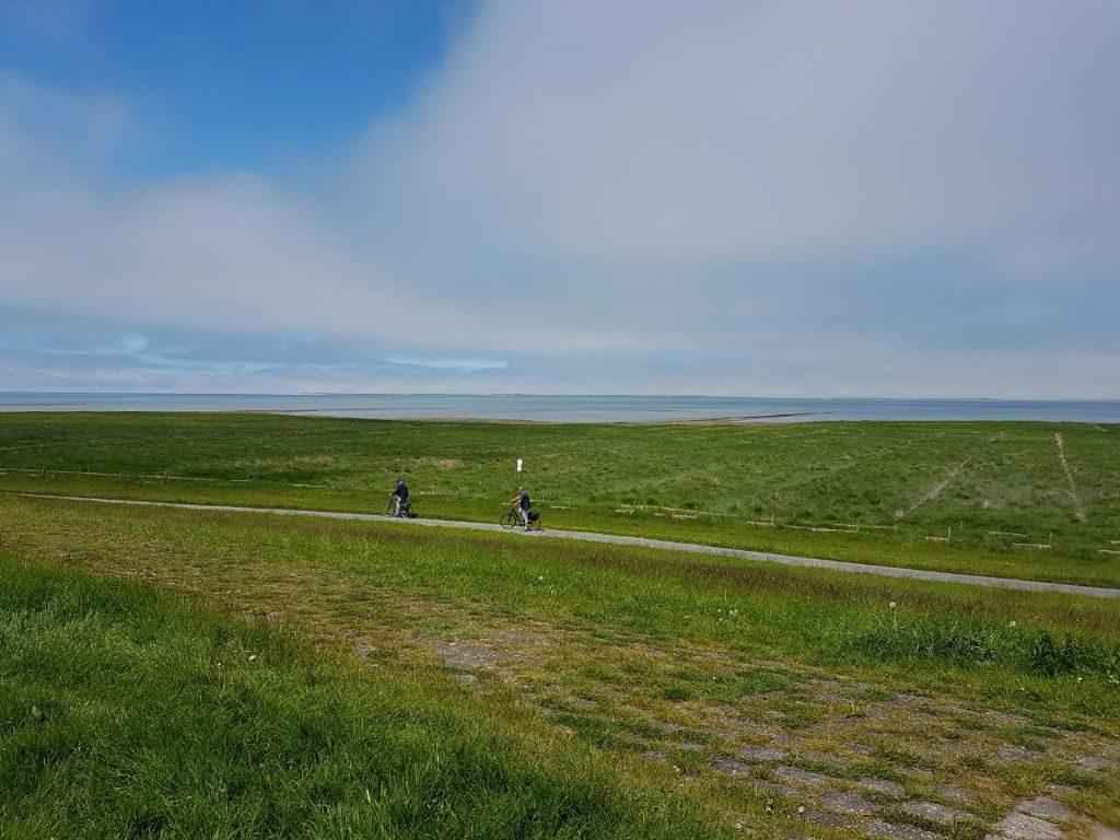 Fahrradfahren an der Nordsee, verlängertes Wochenende in Neuharlingersiel