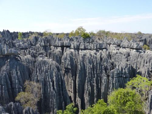 Felslandschaft im Tsingy Nationalpark - ein Highlight auf jeder Madagaskar-Route