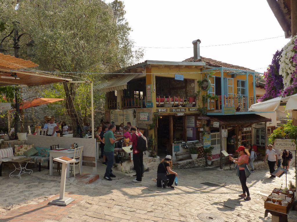 Sehenswürdigkeit in Montenegro: Wenig bekannte Sehenswürdigkeit in Montenegro: Die Altstadt von Bar