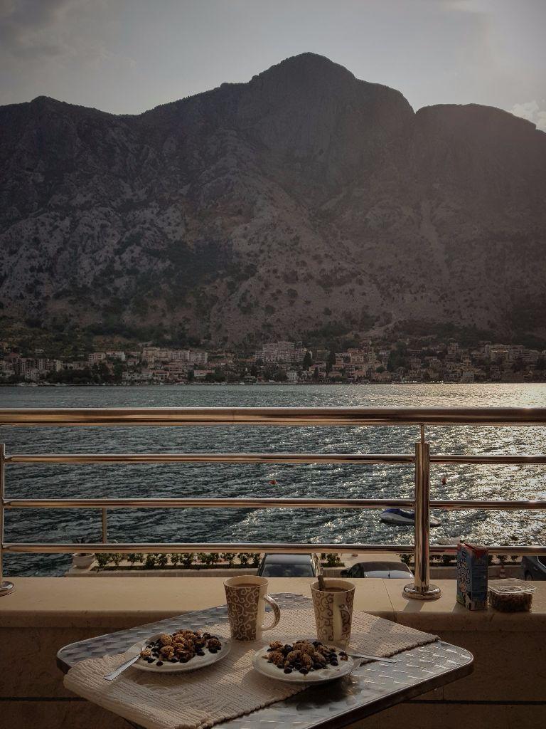 Montenegro-Reisetipps: Blick auf die Bucht von Kotor