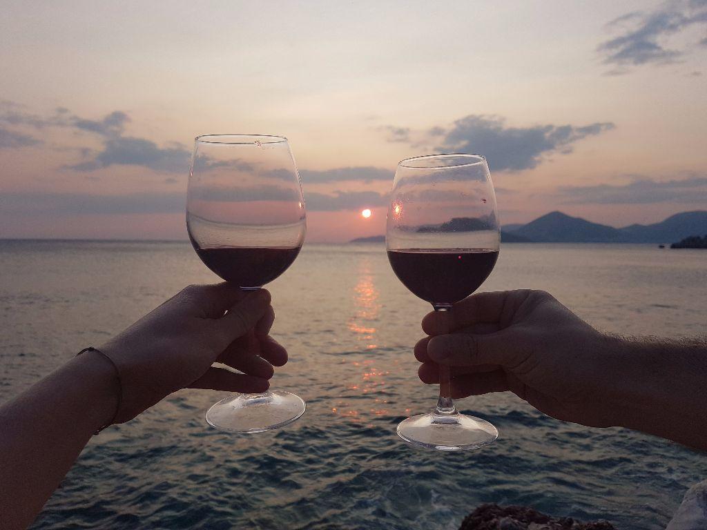Sehenswürdigkeit in Montenegro: Sonnenuntergang in Sveti Stefan