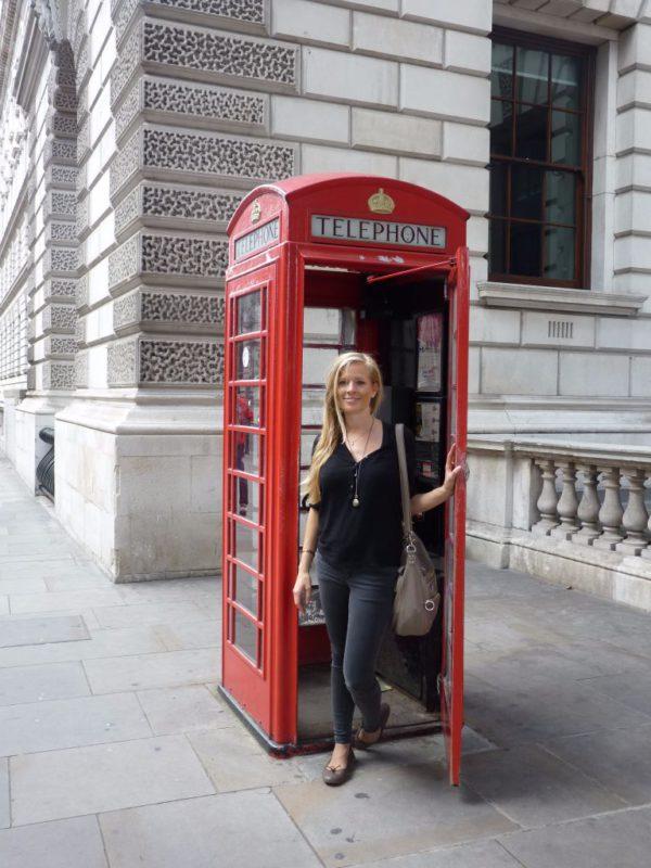Telefonzelle in London: In Zukunft kannst du dein Handy sorglos in der EU benutzen ohne Roaming-Gebühren