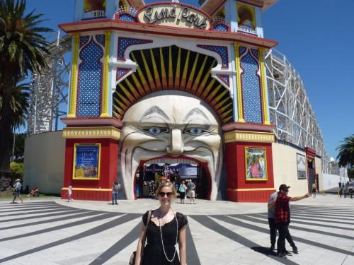 Der berühmte Eingang vom Luna Park: Der geöffnete Mund eines gruseligen Clowns