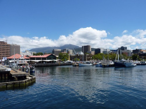 Sightseeing & Sehenswürdigkeiten in Hobart auf deiner Tasmanien-Rundreise: die Waterfront