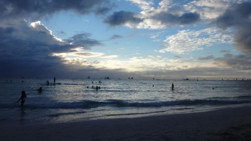 Boracay auf den Philippinen - Strand bei Sonnenuntergang