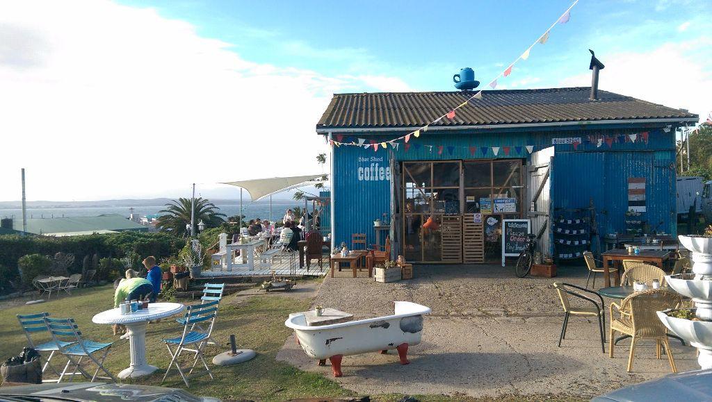 Südafrika_Garden Route_Mossels Bay_Blue Shed Cafe_Work Travel Balance