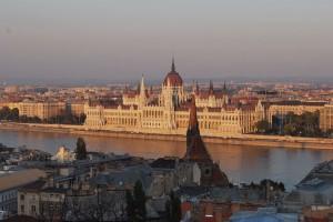 Das Parlament ist eine der schönsten Sehenswürdigkeiten in Budapest. Budapest-Reisebericht