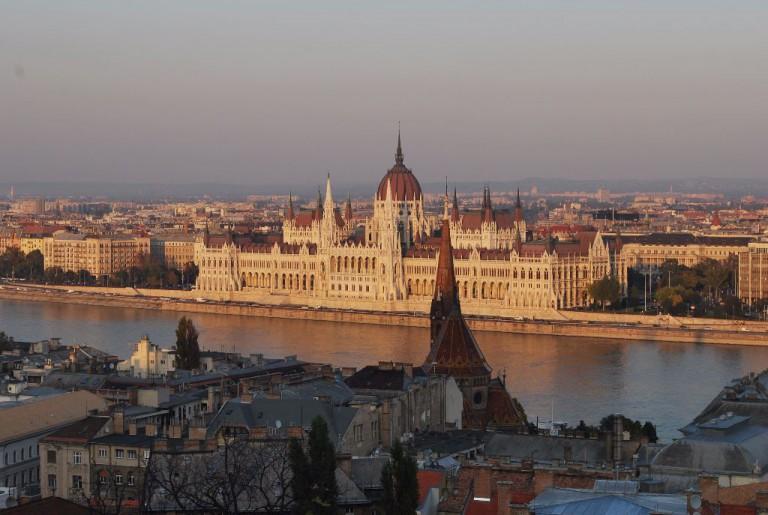 Sehenswürdigkeiten in Budapest: Das Parlament ist eine der schönsten Sehenswürdigkeiten in Budapest. Budapest-Reisebericht