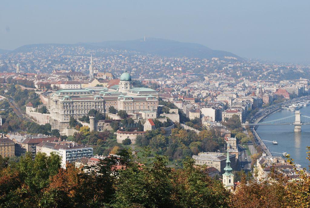 Ungarn_Budapest-Reisebericht_Ausblick vom Gellert Hügel-Wochenendtrip_Backpacking Ost-Europa_Work Travel Balance